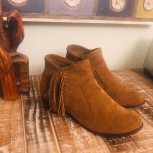 Minnetonka The Blake boot suede 10